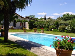 pool rental-provence-03